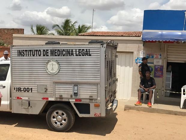 Homicídio aconteceu no bairro Henrique Leite em Petrolina (Foto: Paulo Ricardo Sobral/TV Grande Rio)