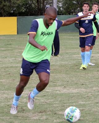 Luis Mário, treino do macaé (Foto: Tiago Ferreira / Macaé Esporte)