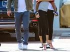Sean Penn e Charlize Theron levam suas mães e o filho dela para almoçar