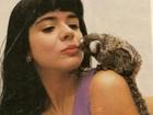 Mara Maravilha posta foto e alfineta 'Beijinho no ombro': 'Mico'