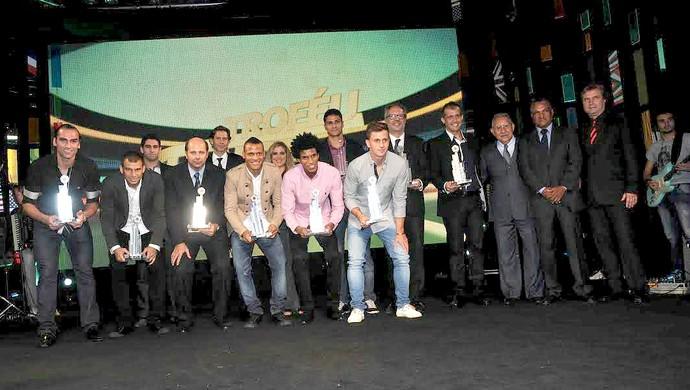 Troféu Lance Final seleção (Foto: Aldo Carneiro / Pernambuco Press)