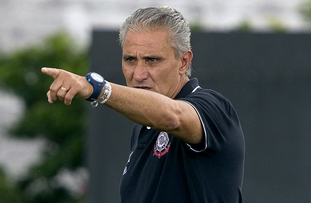 Tite comanda a equipe do Corinthians (Foto: Daniel Augusto Jr/Agência Corinthians/reprodução Globoesporte.com)