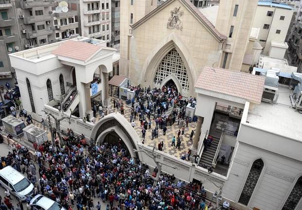 Atentado em igreja Mar Girgis, no Egito  (Foto: EFE/EPA/MOHAMED HOSSAM)