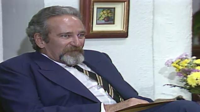 O advogado avisa a Altino que a priso de Olvia est suspensa (Foto: Reproduo/viva)