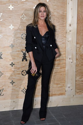 Jennifer Aniston em evento de moda em Paris, na França (Foto: Gabriel Bouys/ AFP)