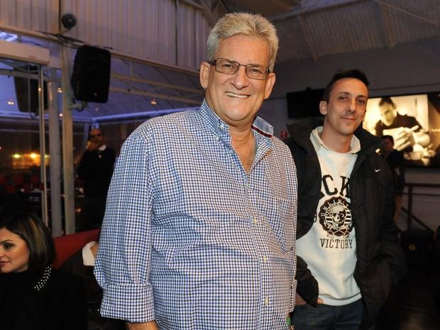 Claudio Inácio, pai de Claudia Leitte, em show da cantora em São Paulo (Foto: Francisco Cepeda/ Ag. News)