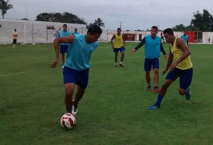 Time do Araioses vem intensificando preparação no Cardosão, local da partida (Foto: Araioses / Divulgação)