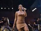 Show do Harmonia do Samba tem Anitta descalça e muito mais