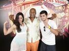 Bruno Gissoni e Carol Castro tietam Mike Tyson em Las Vegas
