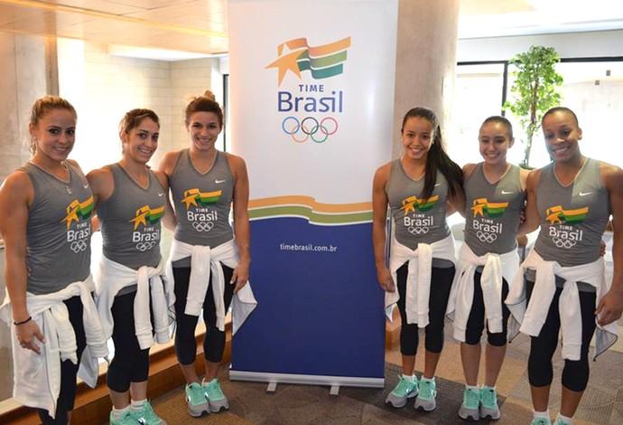 equipe ginástica feminina Brasil (Foto: Adriano Wincler / COB)