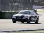 Carro sem piloto chega a 220 km/h em pista de corrida na Alemanha