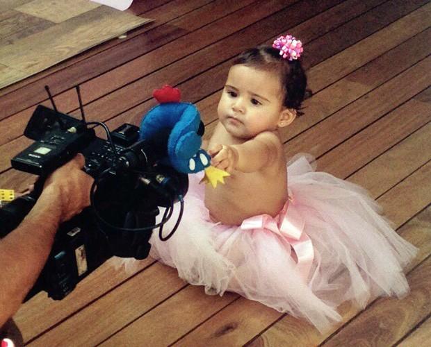 Bruna, filha de Nívea Stelmann, em ensaio de fotográfico (Foto: Fernanda França/Gshow)