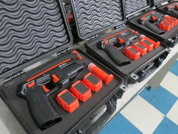 Armas de choque serão utilizadas pelos Guardas Civis Municipais (Foto: João Paulo de Castro / G1)
