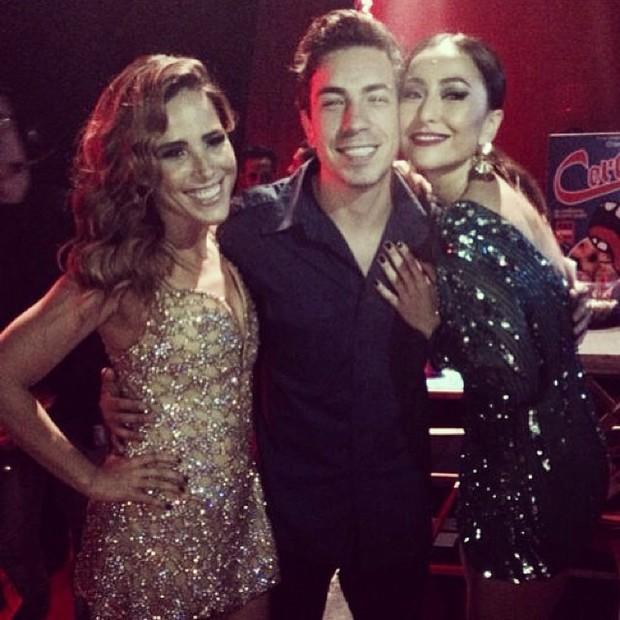 Wanessa, Di Ferrero e Sabrina Sato em prêmio em São Paulo (Foto: Instagram/ Reprodução)