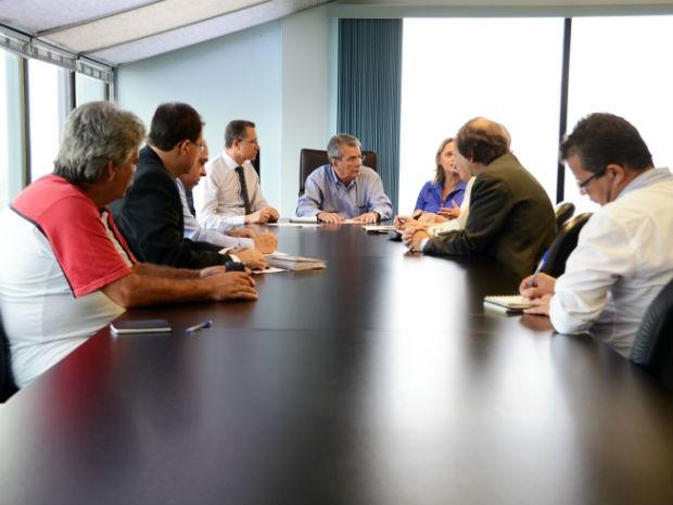 Pannunzio anunciou o repasse durante reunião com os secretários municipais (Foto: Emerson Ferraz)