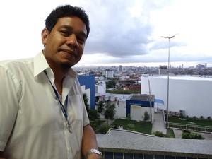 Tenaflae Lordêlo, professor, baiano, 35 anos (Foto: Cecília Morais/ G1)