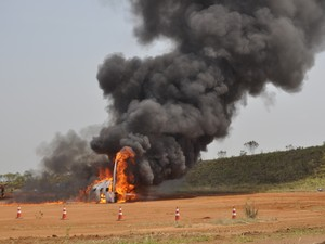 Simulação de emergência no aeroporto de Viracopos, em Campinas (SP) (Foto: Bárbara Bretanha/G1 Campinas)