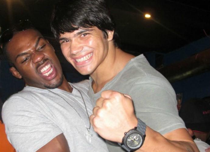 Erick Silva vai treinar com Jon Jones na Jackson's MMA, nos Estados Unidos, em outubro (Foto: Divulgação)