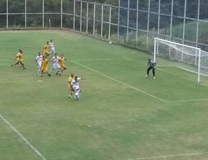 Voltaço vence Duquecaxiense com gol contra (Foto: Igor Bravo/Fair Play Assessoria)