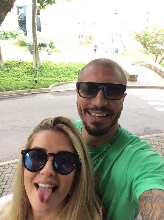 Fernando Medeiros e Aline (Foto: Reprodução / Twitter)