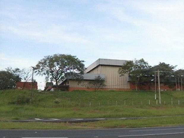 Prédio em Botucatu na Marechal Rondo deverá abriga unidade em Botucatu (Foto: Reprodução TV TEM)