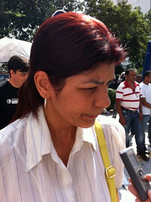 Sonia Regina, 47 anos, não chegou a tempo para fazer o exame na capital paulista (Foto: Tadeu Meniconi/G1)