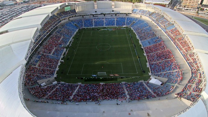 Arena foi inaugurada durante rodada dupla: América-RN e Confiança, pela Copa do Brasil; ABC e Alecrim, pelo Campeonato Potiguar (Foto: Canindé Soares)