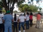 Terceirizados do Hospital Geral de RR fazem protesto contra atraso salarial