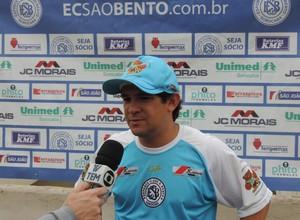 Vitor Mosca, técnico do São Bento (Foto: Emilio Botta)