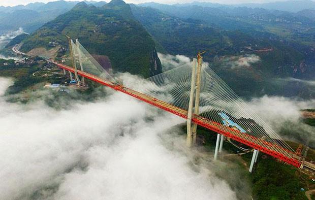 Ponte mais alta do mundo é inaugurada na China (Foto: Reprodução)