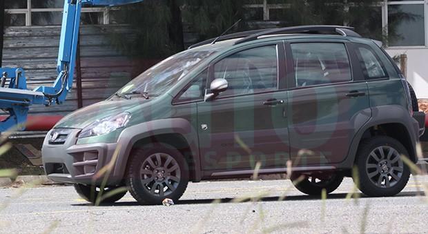 Flagramos o fiat idea adventure xtreme auto esporte for Nuevo fiat idea adventure 2015