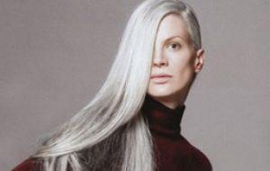 384d2a1fe Cabelos brancos: como aderir sem ficar com aparência envelhecida - Moda e  Beleza - GNT