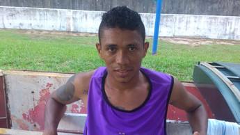 Jaquinha, Lateral esquerdo do Independente de Tucuruí (Foto: Weldon Luciano  - GloboEsporte.com)