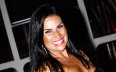 Fotos, vídeos e notícias de Solange Gomes