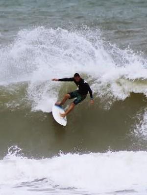 Open de Surf será realizado na Praia do Abaís no dia 19 de outubro  (Foto: Divulgação/Ondulação)