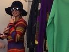 Disfarçada, Paula Fernandes canta em shopping de SP e faz 'pegadinha'