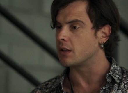 Gael explode com Sophia e acusa a mãe de ter sumido com Clara