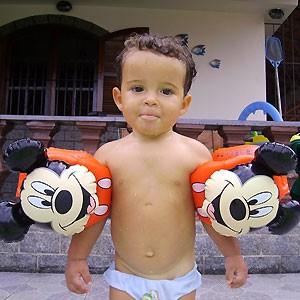 Lipe com dois anos (Foto: Divulgação)