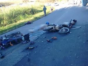 Motociclistas morrem em acidente na MG-448 em Bom Retiro (Foto: Corpo de Bombeiros/Divulgação)
