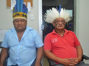 Índigenas da etnia Wapixana e macuxi fazem parte do do Movimento por Política Justa e Solidária  (Foto: Marcelo Marques/ G1 RR)