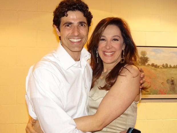 Gianecchini visita a amiga durante as gravações (Foto: Salve Jorge/ TV Globo)