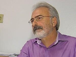 Diretor financeiro diz que o problema está nos médicos (Foto: Reprodução/TV Tem)