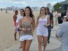 Mirella Santos e Lizzi Benites mostram as pernas na orla do Rio