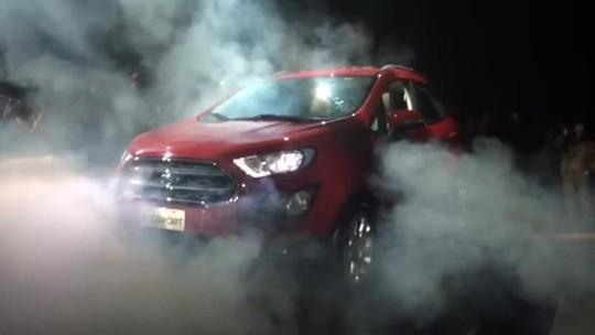 Ford EcoSport 2.0 Titanium 2018 muda para competir com rivais