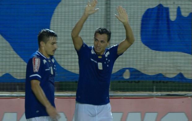Leandro Damião, atacante do Cruzeiro (Foto: Reprodução / TV Globo Minas)