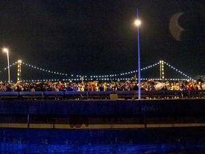 Pontes ficaram lotadas na noite de quinta (20) (Foto: Otávio Silva/Divulgação)