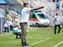 Renato dedica vitória magra a Douglas, mas cobra Grêmio por pouca criação