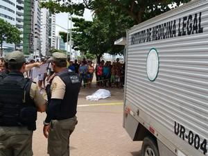 afogamento no PIna no feriado (Foto: Marlon Costa/Pernambuco Press)