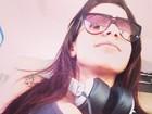 Decotada, Anitta desembarca em aeroporto avisa: 'Cheguei, Belém'