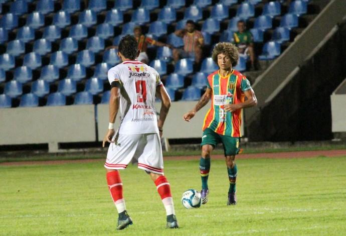 Sampaio saiu atrás no placar, mas no fim do jogo conseguiu a virada (Foto: Lucas Almeida/Divulgação)